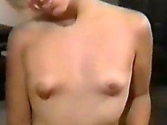 Masturbação caseira 08 de Cam Grátis A menina