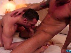 Big Dick flip flop fundo e Ejaculação