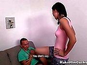 Hacer de Él Cornudo - Otro tipo hace su esposa cum