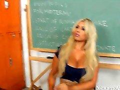 Dhillier First Sex Teacher