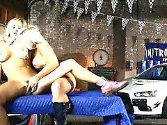 Большие сиськи блондинка милашек Tasha Reign и Джесс Jane lesbosex