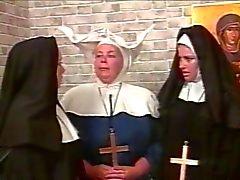 Кудрявый лесбиянка монахини Госпожа стиль