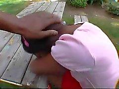 Hot Ebony tiener nemen een enorme lul