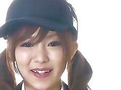 Lycéenne Miku Airi asiatique coups une grosse bite