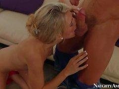 Amanda Tate gets humped by her boyfriend s buddy