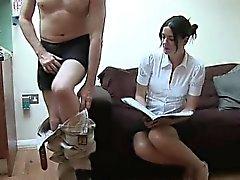Enfant vêtus coups tarés sexe