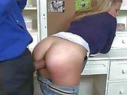 Alanna Anderson geniet een enorme lul