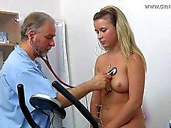 Lisa Гинекология осмотра