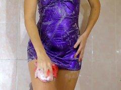 Shower Scene dans le wetlook Mini robe en violet