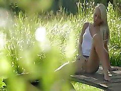 blondie schoonheid uit Zweden raken clit