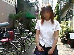 La inserción mármol Schoolgirl japonesa para cuerda de saltar Subtítulo
