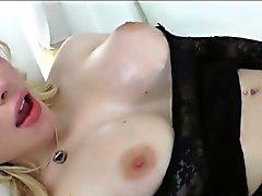 Huge Titten Transvestit Beauty Sarina Walen Rips saftige Pussy