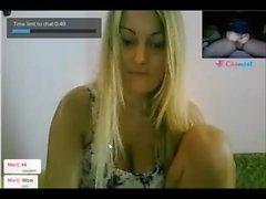 Reacciones de nenas al ver mi polla en la web cam. 7
