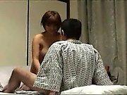 Bir Busty Ve Sevimli Japon Kız