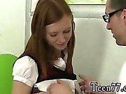 Sexy Teen gefickt in Höschen Redhead Linda von Geck boinked