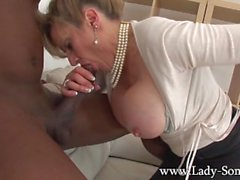 Lady Sonia black blowjob and titjob
