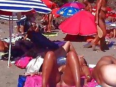 Nude Milfs Spy Cam Strand Voyeur Video