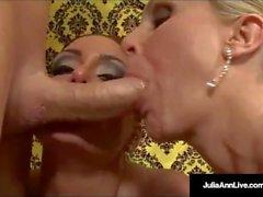 Мама Milf Джулия Энн и Джессика Джеймс Получить Hot Загрузка Cum!
