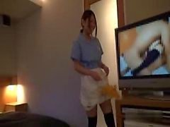 Asian Hotel Maid saa munaa
