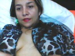 Solo webcam show with stunning brunette girlfriend