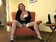 Älterer masturbierende Frau