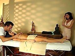 nena masajeado cubierto de esperma durante