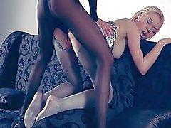 Fucking haar Blond Opblaaspoppen .. Angelina ..