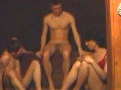 Amateur Bisexuelle Dreier Sex Aktion
