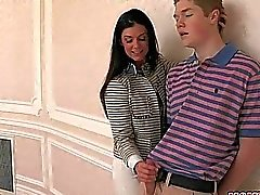 Stepmom India Summer massa magra vasca 3some sex