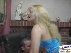 Nicole En Manque De Warteschlange