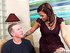 adolescente tetona Keisha gris consigue un poco de perforación anal