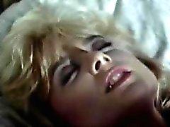 Lois Айрес , Джон Лесли, Нина Хартли на классический секс клип