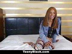 TeenyBlack - Petite черного дерева рогов За Некоторое White Дик