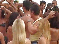 Orgies carnaval brésilien trois !