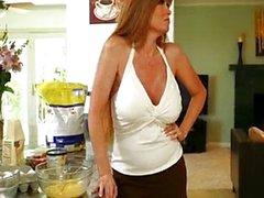 Benim arkadaş Hot Mom Mrs Darla Crane