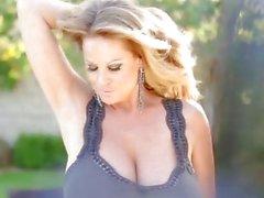 Келли Мэдисон Бар у Pussy Большая женская Выстрел спермы Проглатывание