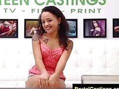 FetishNetwork Holly Hendrix zum ersten Mal bdsm Casting