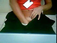 coroa gostosa se masturbando na webcam