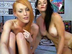 Гигантские сиськи лесбиянок негр для горячей блондинки киска