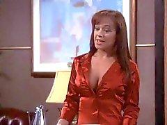 Leah Remini sexiga bröst