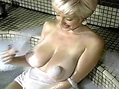 Danni Ashe Erstes Video Boobs On Fire