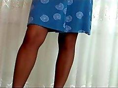 Milf ALA'nın pantyhose ve topuklar kızdırır