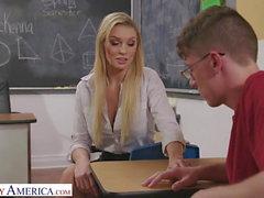 Sex dem College Unterricht nach Bewundernswerte blonde
