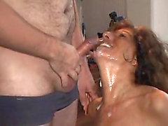 Bukkake Oral Stimulation Party für Claudi! Furchterregende Teil drei