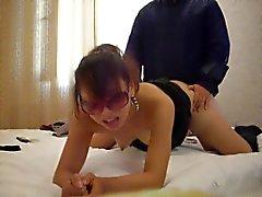 Chinese girl par le paradis les verres la recherche