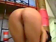 Cameron Diaz с обнаженной грудью Foto стрелять