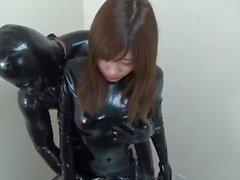 Japanische Gasmaske Latex Kapuze Catsuit Blowjob