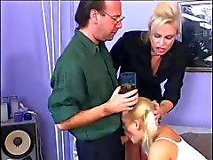 Två skönhetar Fucking Hot Cock
