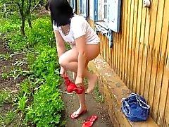Ich Pee Stehen. Am Morgen Im Dorf