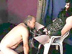 TVmistress utilizar un esclavo de